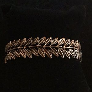 BRIGHT COPPER SMALL LEAVES STRETCHY BRACELET